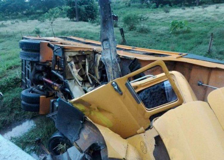 Accidente de tránsito municipio Sibanicú, de Camagüey. Foto: Juan Mendoza Medina/Facebook.