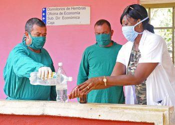 Ciego de Ávila entrará en fase de recuperación en medio de extremas medidas de cuidado. Foto: Alejandro García/Invasor.