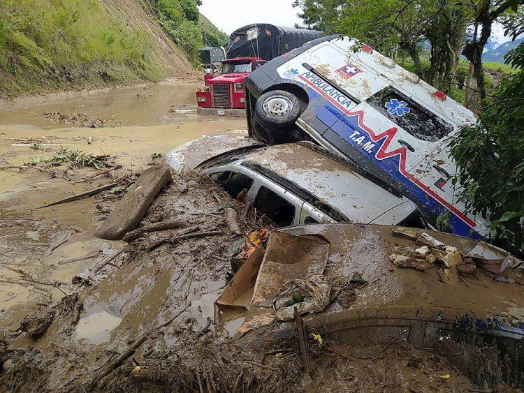 Foto de archivo de un deslizamiento de tierra en Colombia provocado por la tormenta tropical Iota. Foto: EFE / Archivo.
