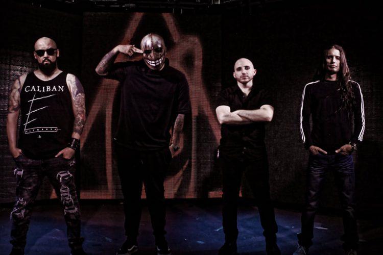 """De izquierda a derecha: Ewar Acosta, Jesús Reyes (con máscara), Kevin Klingenschmid y """"El Zeppelin"""". Foto: cortesía de los entrevistados."""