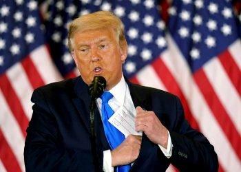El todavía presidente de los Estados Unidos, Donald J. Trump, habla en la noche de las elecciones en un evento en la Casa Blanca en Washington, DC, EE. UU., el 4 de noviembre de 2020. Foto: Chris Kleponis / Pool / EFE / Archivo.