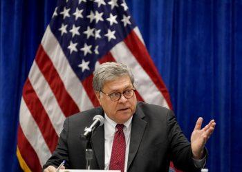 El secretario de justicia de EEUU William Barr en San Luis, Missouri, el 15 de octubre de 2020. Foto: Jeff Roberson/AP.