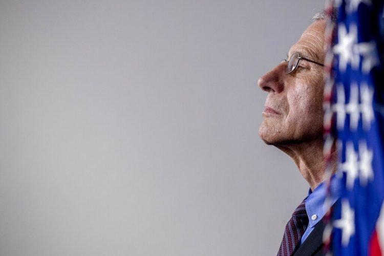 El doctor Anthony Fauci, director del Instituto Nacional de Alergias y Enfermedades Infecciosas de Estados Unidos. Foto; Andrew Harnik/AP.