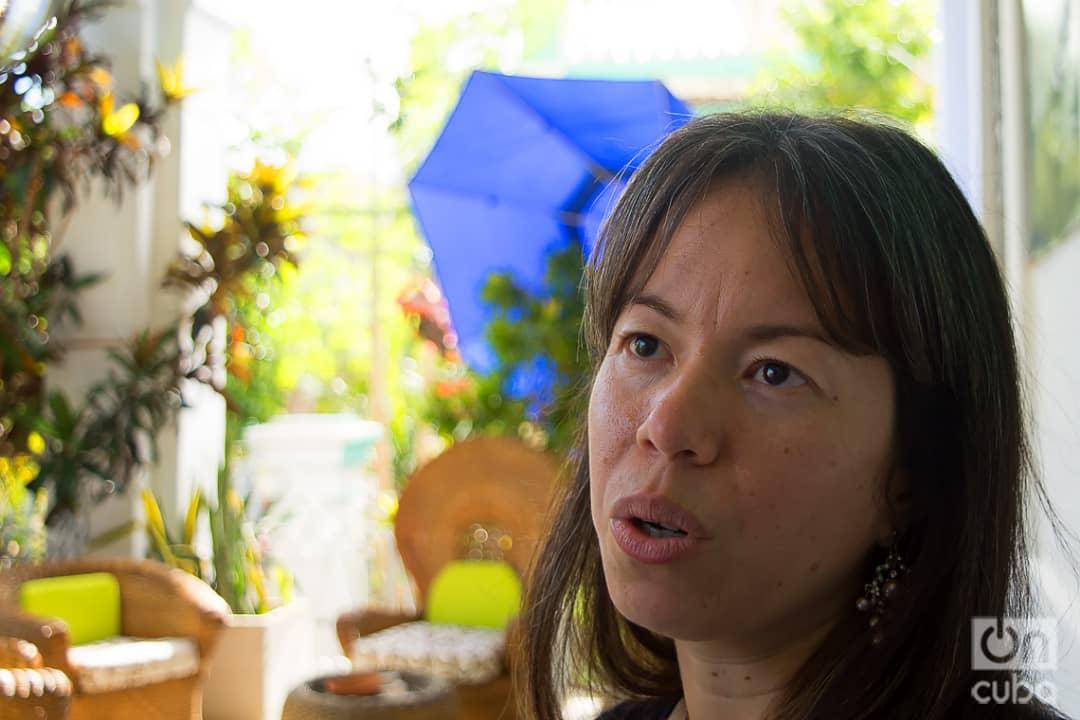 La joven productora cubana Yamila Marrero, coordinadora general de Nuevas Miradas y el espacio Incubando. Foto: Otmaro Rodríguez.