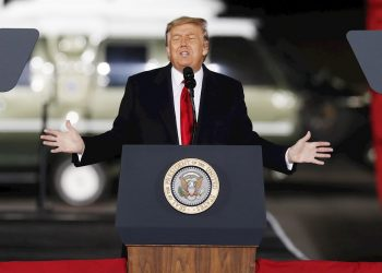 El presidente Trump da un discuro en Dalton, Georgia, el 4 de enero de 2021. Foto: Erik S. Lesser / EFE / Archivo.