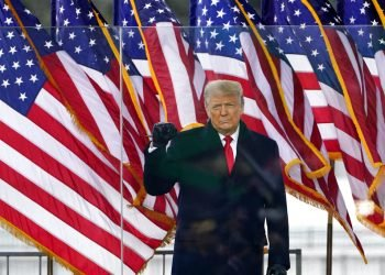 El presidente Donald Trump antes de dar el discurso en un mitin en su apoyo, el 6 de enero de 2021, en Washington.  Foto: Jacquelyn Martin/Ap.