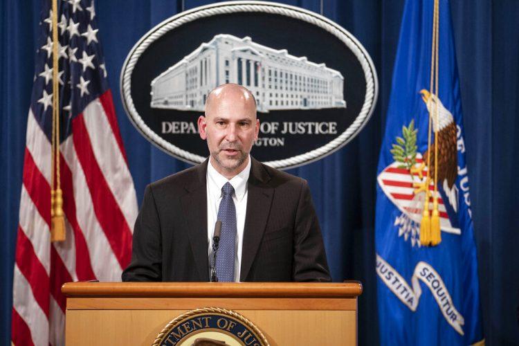 Steven D'Antuono, director de la oficina de Washington del FBI, habla durante una conferencia de prensa, el martes 12 de enero de 2021, en Washington. Foto: Sarah Silbiger/AP.