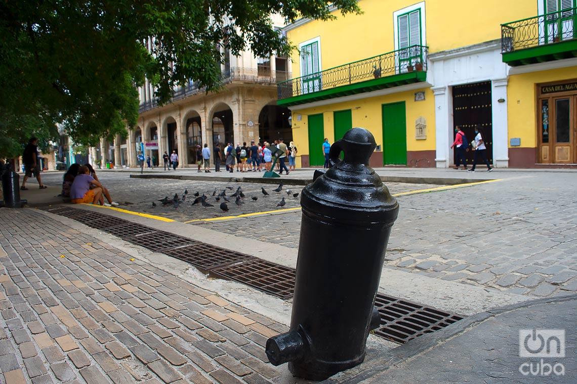 Vista del entorno de la Plaza de Armas, en La Habana Vieja. Foto: Otmaro Rodríguez.