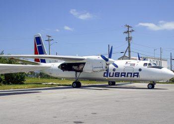 Avión AN 24 secuestrado de Cuba en 2003, en el aeropuerto de Cayo Hueso, Florida. Foto: abpic.co.uk / Archivo.