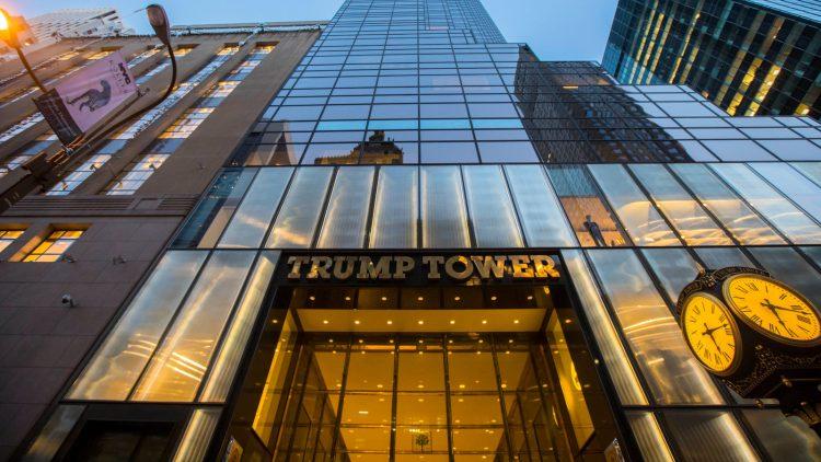 La Torre Trump, en Nueva York, sede el imperio del ex mandatario. Foto: Twitter / Archivo.