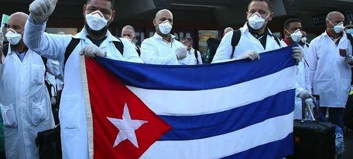 Llegada del Henry Reeve a Islas Turcas y Caicos. Foto: Prensa RiotrleTrail.