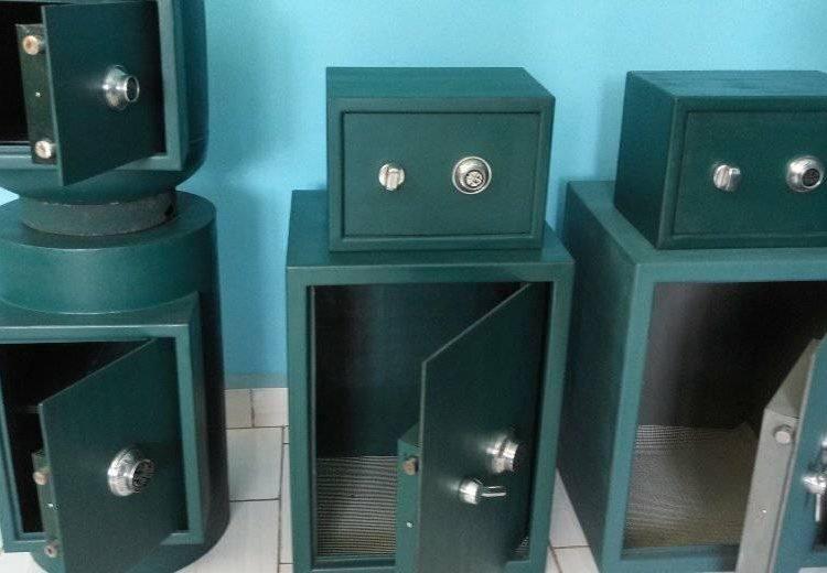 Cajas fuertes fabricadas por emprendedores de Las Tunas. Foto: periodico26.cu