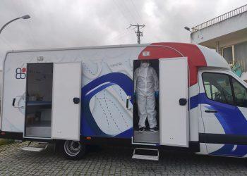 Unidades móviles realizan pruebas PCR en la frontera hispanolusa de Vilar Formoso y Fuentes de Oñoro. Foto: Carlos García/Efe/Archivo