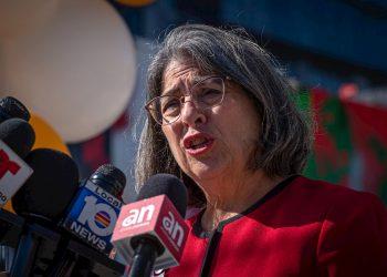 La alcaldesa del condado de Miami-Dade, Daniella Levine Cava. Foto: Giorgio Viera/Efe/Archivo.
