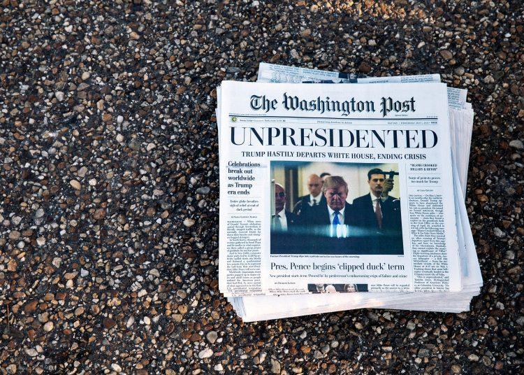 Portada del Washington Post el día que Trump dejó la Casa Blanca.   Archivo