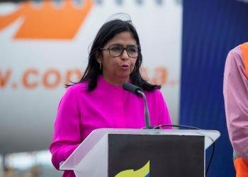 La vicepresidenta de Venezuela, Delcy Rodríguez. Foto: Rayner Peña R/Efe/Archivo.