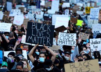 Una manifestación en Boston, Massachussets, contra la violencia policial en mayo pasado.  Foto: Getty/Archivo.