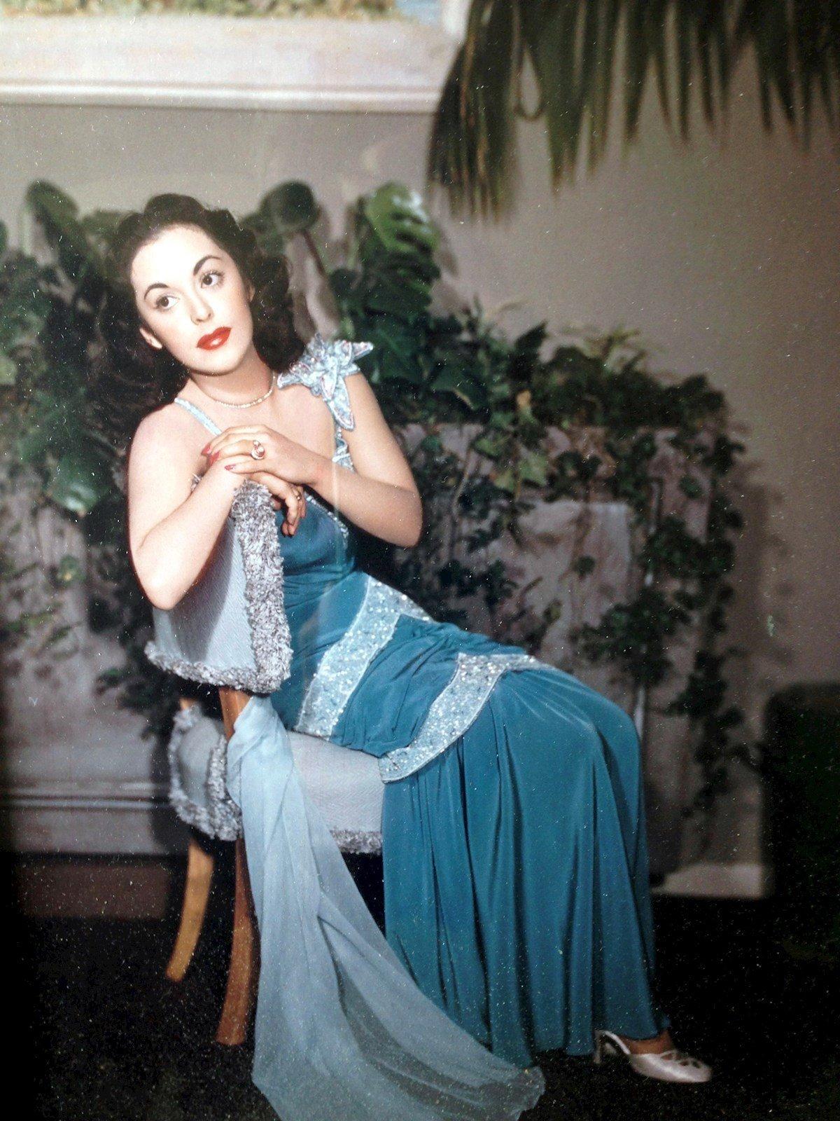 Fotografía personal cedida donde aparece la actriz cubana Estelita Rodríguez, nacida en Guanajay el 2 de julio de 1928 y fallecida en Van Nuys (California) el 12 de marzo de 1966. Foto: EFE/Nina López/Serena Burdick.