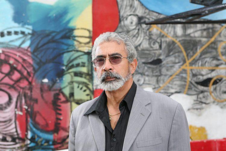 El pintor, escultor y promotor cultural Salvador González (1948-2021). Foto: Cubanoticias.