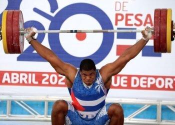El pesista cubano Juan Columbié en el Campeonato Panamericano de Levantamiento de Pesas, con sede en Santo Domingo, República Dominicana. Foto: Raúl Calvo / Jit.