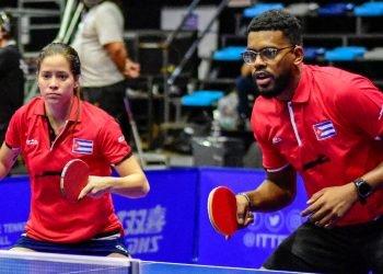 Daniela Fonseca y Jorge Moisés Campos, clasificados por Cuba en tenis de mesa a los Juegos Olímpicos de Tokio. Foto: cubasi.cu