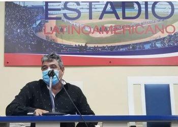 Falleció este martes Ernesto Reynoso Piñeiro, quien fungía como comisionado nacional de béisbol en Cuba. Foto: Tomada de Prensa Latina.