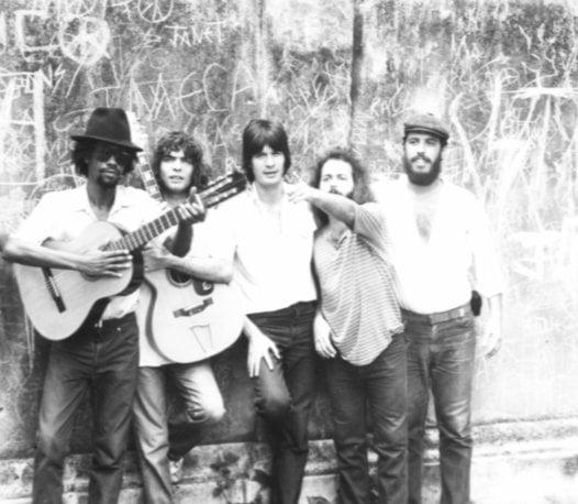 De izquierda a derecha: Gerardo Alfonso, Santiago Feliú, Enrique Carballea, Carlos Varela y Frank Delgado. Foto: cortesía de Enrique Carballea.