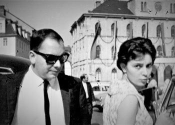 Alfredo Guevara, en Praga (1960).