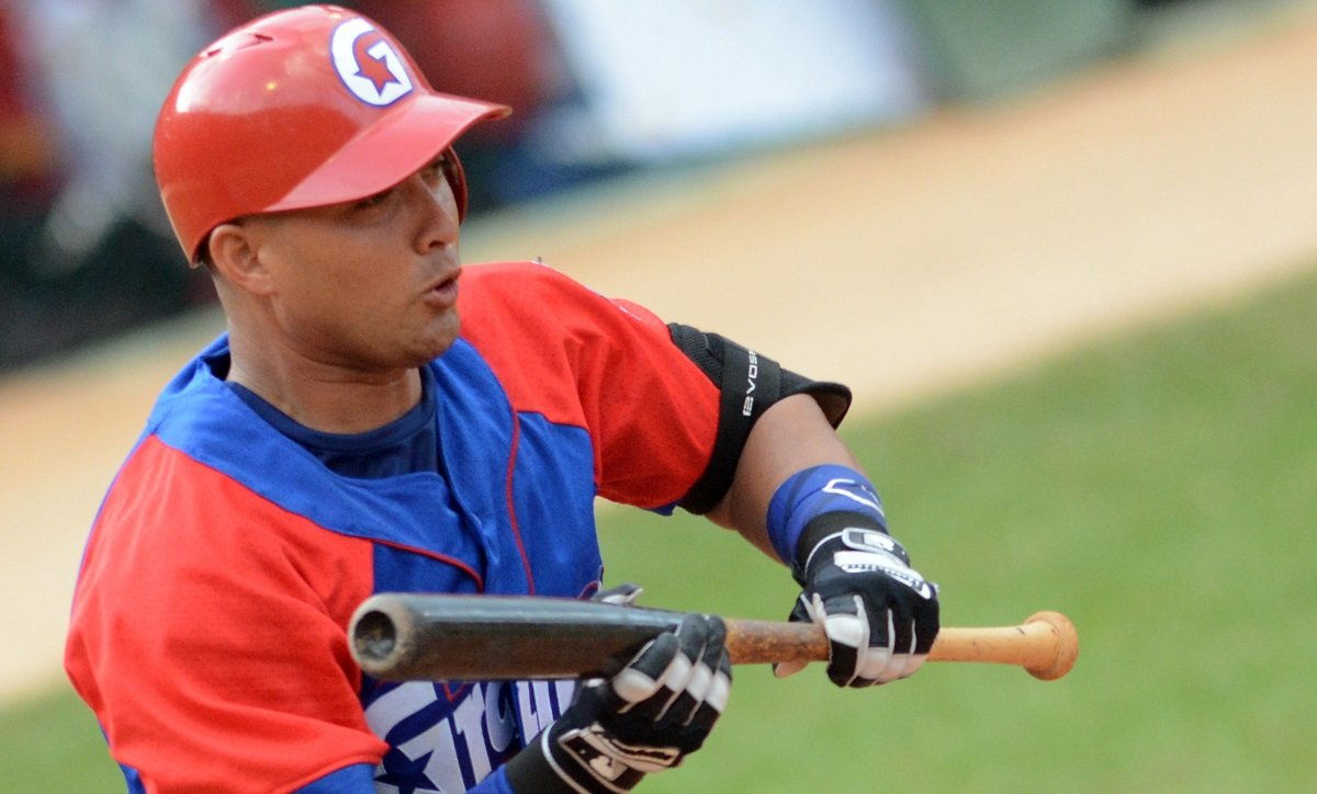 The capital's catcher was a reinforcement from Granma a few years ago, but now he does not contemplate going to another province to continue his career. Photo: Ricardo López Hevia.
