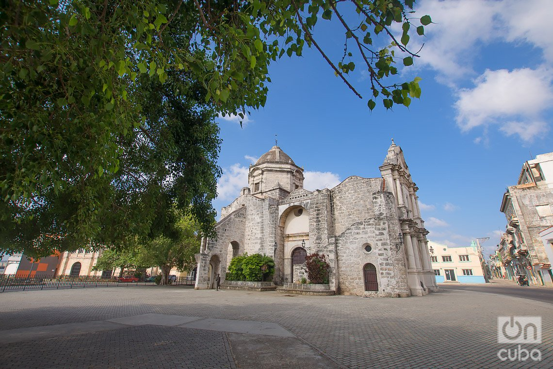 Iglesia de Paula, en las cercanías de la Alameda de Paula, en La Habana. Foto: Otmaro Rodríguez.