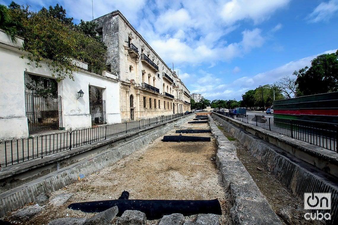Restos de la Muralla de La Habana. Foto: Otmaro Rodríguez.