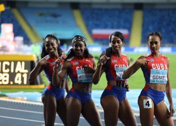 Relevo femenino cubano 4x400 ganador de la medalla de Oro en el Campeonato Mundial de Relevos en Polonia. Foto: Twitter oficial del evento.