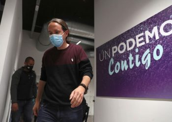 Pablo Iglesias en la sede del partido, en Madrid, tras conocer los resultados de las elecciones autonómicas. Foto: Kiko Huesca/Efe.