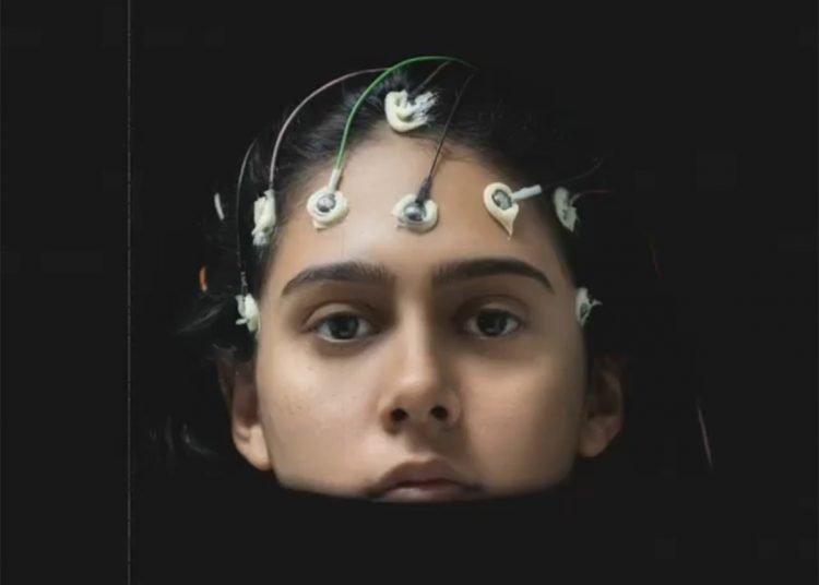 """Self portrait"", obra digital de la artista cubana Alejandra González."