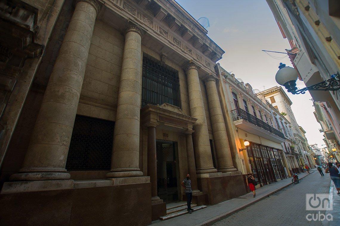 Museo Numismático, en la calle de Obispo de La Habana. Foto: Otmaro Rodríguez.