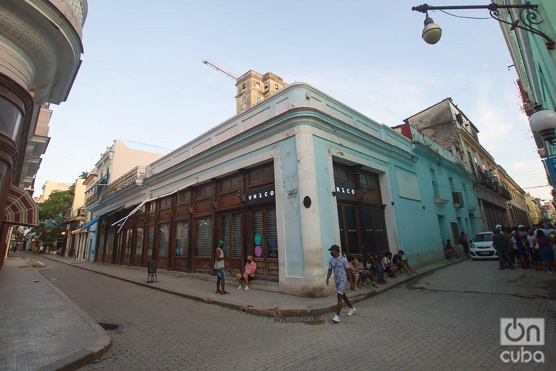 Antigua Joyería Le Palais Royal, en la calle de Obispo de La Habana. Foto: Otmaro Rodríguez.