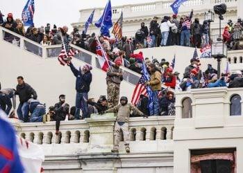 El asalto al Capitolio el pasado 6 de enero. Foto: The Conversation.