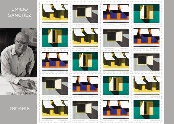 """Fotografía cedida por el Servicio Postal de Estados Unidos (USPS) donde se aprecia una hoja de 20 estampillas, de 55 centavos de dólar cada una, que muestra creaciones arquitectónicas del artista cubano-estadounidense Emilio Sánchez (1921-1999) tituladas """"Los Toldos"""" (1973), """"Ty's Place"""" (1976), """"En el Souk"""" (1972) y """"Untitled (Ventanita abierta)"""" (1981). Foto: EFE/USPS."""