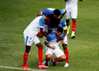 Futbolistas cubanos celebran gol del delantero Onel Hernández en las eliminatorias mundialistas a Catar 2022. Foto: Concacaf / ACN / Archivo.