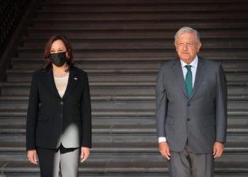 Kamala Harris y AMLO en el Palacio Nacional de CDMX. Foto: USA Today.