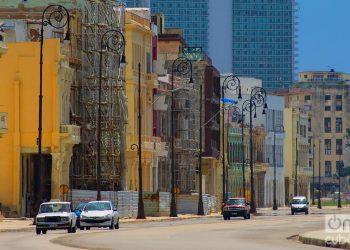Calle Malecón, La Habana. Foto: Otmaro Rodríguez.