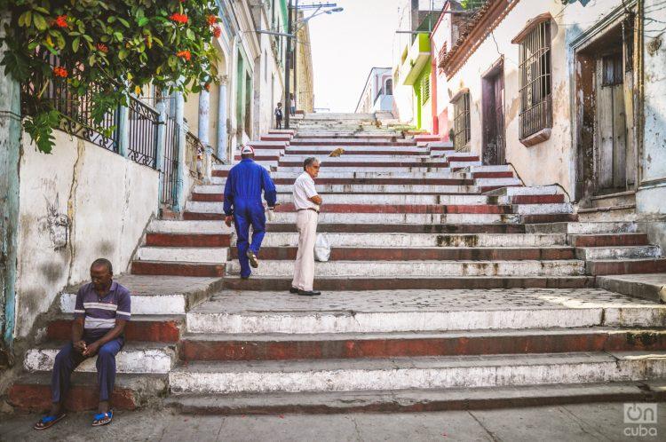 La escalinata de Padre Pico, en Santiago de Cuba. Foto: Kaloian Santos.