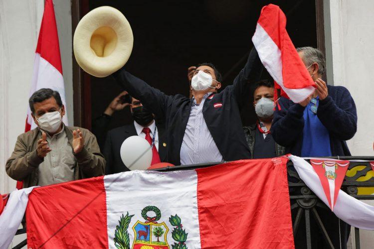 El candidato izquierdista Pedro Castillo. Foto: NBC News.