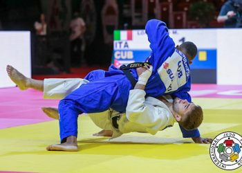 El cubano Polanco en su pelea ante el Italiano Manuel Lombardo, en el Campeonato Mundial de Budapest, Hungría. Foto: IJF vía Jit.