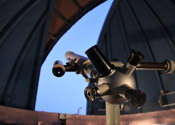 Telescopio en un observatorio astronómico. Foto: pixabay.com