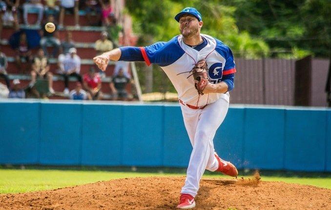 El lanzador cubano Lázaro Blanco. Foto: Swing Completo.