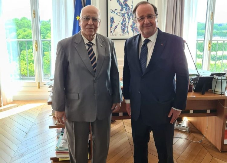 El viceprimer ministro cubano también se encontró con el ex Presidente de la República Francesa, François Hollande. Foto: https://twitter.com/EmbaCubaFrancia