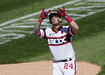 El cubano Yasmani Grandal se mantiene como uno de los efectivos màs importantes para los Chicago White Sox. Foto: Charles Rex Arbogast/AP