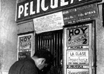 Taquilla principal del Teatro Shanghái. Foto: tomada del blog Historia de Cuba.