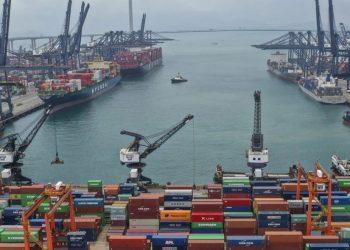 Puerto de China. Foto: gizchina.it / Archivo.